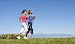 فوائد صحّية لرياضة المشي تعرّف عليها
