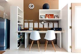 how to decorate office table. 5 Decor Ideas For Your Office Desk How To Decorate Table