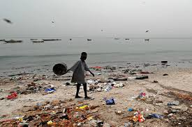 Image result for tubs gathering plastics in ocean