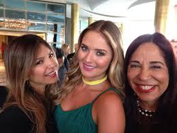 "PRODU on Twitter: ""Mary Montero (@marymontero33) Kimberly Dos Ramos  (@Kimy2Ramos) y Solange Rivero @solangerivero de Aisha en #NATPE2015  http://t.co/GsnGGtMyQc"""