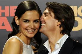 Katie Holmes Hairstyles 20 Stunning Katie Holmes And Other Celebrity Converts ETCanada