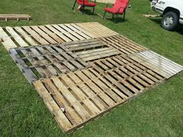 Patio From Pallets Pallet Patio Part 2squaring It Up And Getting It Level I Used