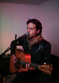 Greg (Singer): A nice acoustic atmosphere with rock and pop classics!