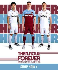 Se sei da mobile, scorri verso destra per vedere gli altri kit. 2019 20 Kits In Store Now West Ham United