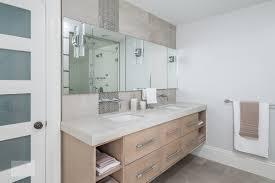 open vs closed storage in bath design