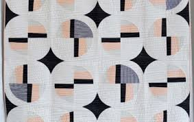 Gallery | The Modern Quilt Guild & Modern Fans by Suzy Williams, 2015. This quilt design ... Adamdwight.com