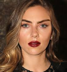 get eyebrows like cara delevingne