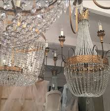 i had the pleasure of experiencing the magical world of julie neill designs while in new orleans over the past two weeks installing the southern style now