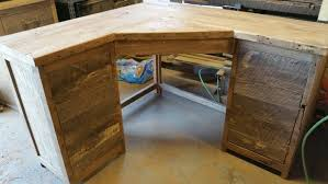 build wood corner desk