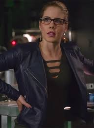 emily bett rickards arrow leather jacket