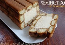 Casetta Di Natale Con Savoiardi : Semifreddo al tiramisu ricetta dolce freddo mascarpone e caffè