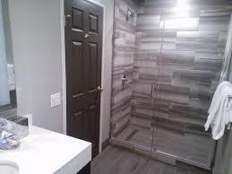 Magnolia Hotel Denver: Nice large walk-in shower Room 375