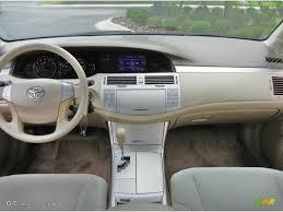2006 Toyota Avalon XL Ivory Dashboard Photo #65156886 | GTCarLot.com
