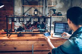 Miners have become very sophisticated over the last several years using complex machinery to speed up. How Bitcoin Mining Works Bitcoin Mining Energy Consumption