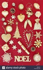Gold Noel Zeichen Und Christbaumschmuck Und Weihnachtskugeln
