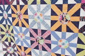 Oh Happy Day! // Sunburst Quilt – FREE PATTERN | Dear Stella Design & Sunburst Quilt – FREE PATTERN Adamdwight.com