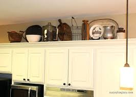 Kitchen Cabinet Decorating Ideas Above   Above Kitchen Cabinet Decorations