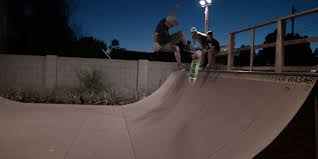 gator skins skate ramp in color brown