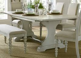 Saguenay Trestle Dining Table