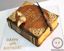 27 best Book Cakes images on Pinterest