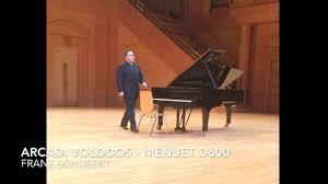 <b>Arcadi Volodos</b> plays <b>Schubert</b> - YouTube