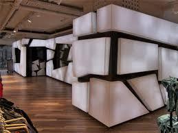 Progettazione Dinterni Bergamo : Architettura d interni high tech nuova sede di globetrotter