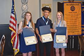 Optimist Essay Contest Manning High Student Wins Optimist Club Of Clarendons Essay