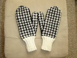 Houndstooth Knitting Pattern Chart Ravelry Houndstooth Check Mittens Pattern By Sarah H Arnold