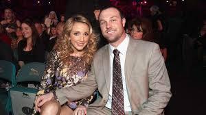 Ashley Monroe and Husband John Danks Are Parents   CMT