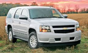 2008 Chevrolet Tahoe Hybrid | Road Test | Reviews | Car and Driver