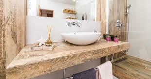 Eine vollflächige verklebung kann die entstehung von fugen begünstigen. Machen Sie Ihr Badezimmer Wohnlicher Mit Holz