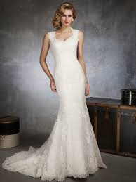 Form Fitting Wedding Dresses Lace