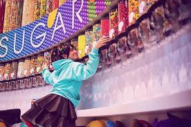 a two story candy with chandeliers made of gummy bears is slated to open at the linq promenade ping center on the las vegas strip next year