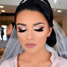 stylish smokey eye makeup picture 3