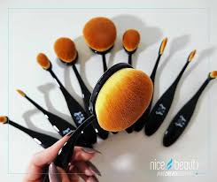 the brushes are awesome i really liked to use them to put on concealer primer powder and rouge but for eyeshadow they got a bit hard for my taste