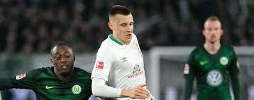 He is also the older brother of fello. Werder Bremens Eigengewachs Maximilian Eggestein Weiss Was Der Trainer Will Sport Tagesspiegel