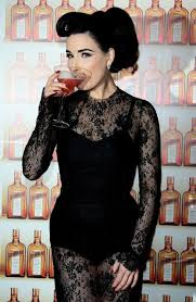 dita von teese in lace dress