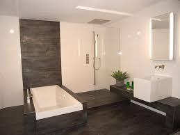 Moderne Farben Furs Badezimmer