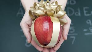 here s a list of the 5 best and worst gifts to give teachers this holiday season