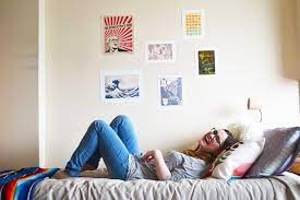 unique college dorm wall art ideas to