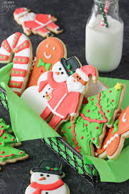 christmas sugar cookies with royal icing. Plain Christmas Cutout Sugar Cookies With Royal Icing  The Best Theyu0027re Soft Delicious With Christmas H