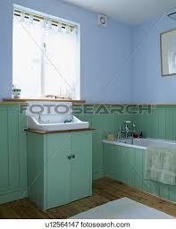 turquoise tonguegroove panelling pastel blue bathroom picture turquoise tonguegroove panelling in pastel blue bathroom fotos