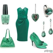 أخضر × أخضر !! images?q=tbn:ANd9GcSC9R9ypDXHzleLnb4Dna34kZJRurJs8Su3XtHTzFajxvqY8BGV