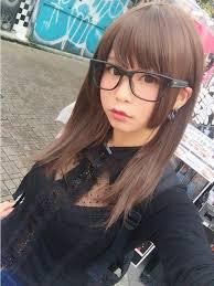 眼鏡をかけた五木あきら