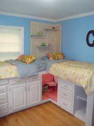 Bedroom For Two Twin Beds Ideas For Two Twin Beds In One Roombeds Kids Roomtwo Up And Down