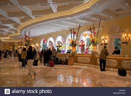 the front desk of the bellagio hotel in las vegas
