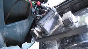 how to simply change remove the taillights on a 88 98 chevy c k how to simply change remove the taillights on a 88 98 chevy c k pickup gmc sierra