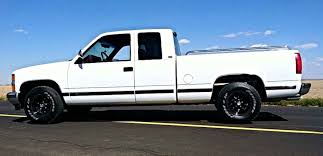 Isaias Lopez's 1994 Chevy Silverado | LMC Truck Life
