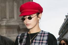 10 Small <b>Sunglasses</b> to Help You Rock 2018's Biggest <b>Trend</b>