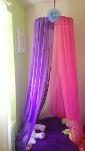 Tulle Canopy Diy Diy Bed Canopy From Tulle Fake Flowers Dollar Store Pearl